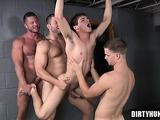 Muscle twink double penetration with cumshot