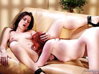 Yummy wench Kimberly Kane and Justine Jolie fulfill the...