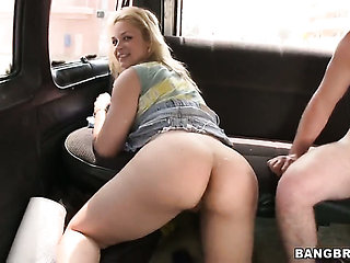 Blonde Sarah Vandella with phat butt is too hot to sto...