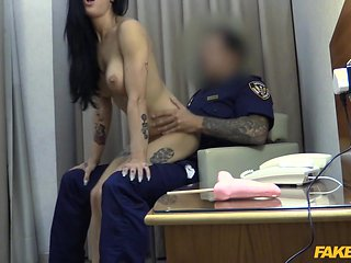 Hotel whore fucks hung security guard - FakeCop