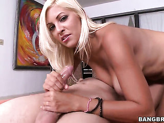 Blonde Jazmyn with juicy bottom does dirty things and ...