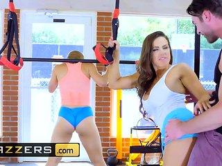 Nicole Aniston Charles Dera - Gym And Juice