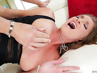 With big tits fulfills her sexual needs and desires wit...