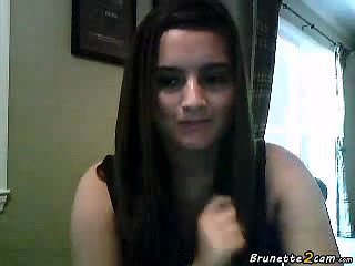 Teen Masturbates Front The Webcam Revealing Her Tits Clip