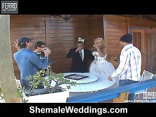Valore shemale bride in action