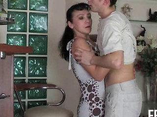 Mature Slut Lillian Enjoying Hot Anal