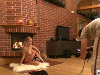 Sylvia Saint love to do seducing pose on cam