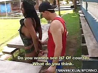 Tranny Yasmine Outdoor Blowjob