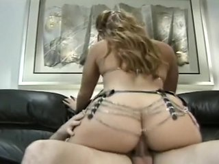 Glen Dee and Brittney Jonstone Live out Their Deepest D...