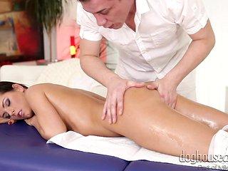 kari sucking masseur's cock @ full service massage #03