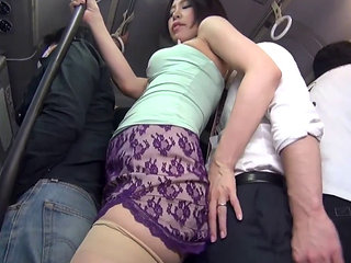 Fuck The Sexy Girl In Bus