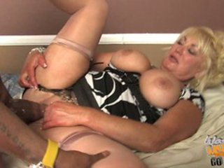 Bit titted Dana Hayes gets her pussy crammed with cock