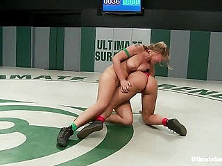 Blond athletic rookie vs Sexy Hawaiian veteran in a non...