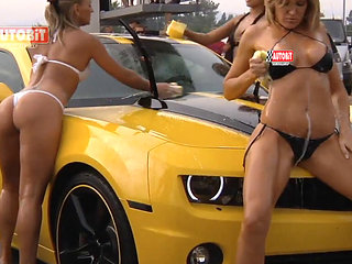 Car Wash _ Very Hot __