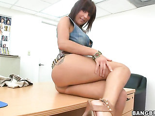 Brunette Lily Paige with juicy bottom sucks like theres...