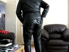 Wank in Leather