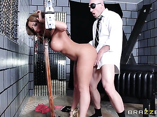 Richelle Ryan gets her mouth destroyed by hard love tor...