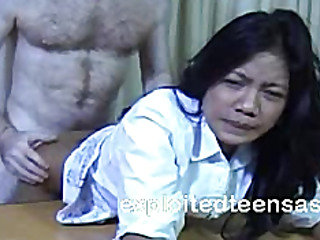 Veronica Filipino Escort Makes Some Extra Cash Desk Fuc...