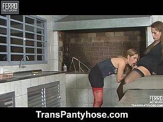 evelyn&vivi tranny pantyhose movie