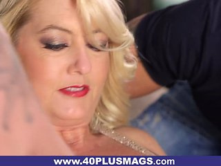 Two Dicks For Chubby Mature Blonde