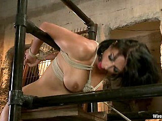 Hot MILF gets her ass Worked Over Wiredpussy Style