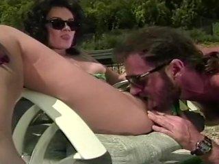 Natalli Richads Enjoys Amateur Porn Vid