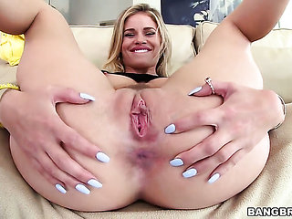 Blonde Jessa Rhodes gets drenched in cum on cam for yo...
