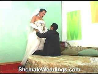 Rabeche seductive shemale bride